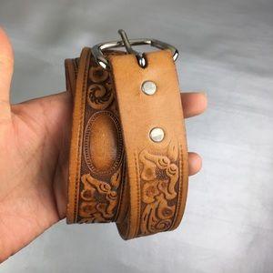 Looper floral tooled leather belt